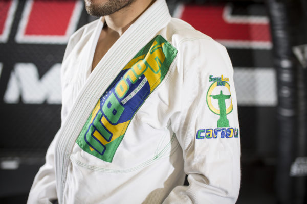 Carioca 350 lightweight gi left close